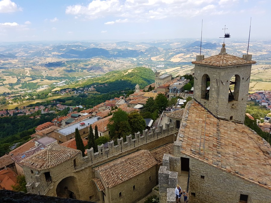 San Marino: The Land of the Clifftop Castles